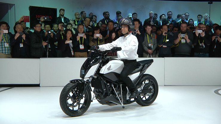 Self-balancing Motorcycle Honda