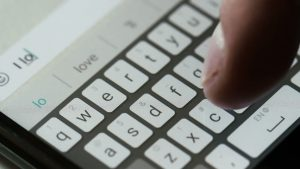 3 Ways to Type Fast on Your Mobile Phone